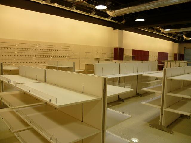 Linea m servizi montaggio arredamenti negozi uffici for Montaggio arredamenti negozi